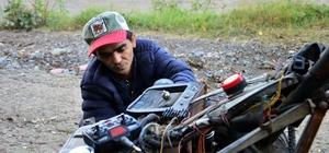 Çocukluk hayali 4x4 elektrikli aracı 3 yılda yaptı Araç hem benzin hem de elektrikle çalışıyor