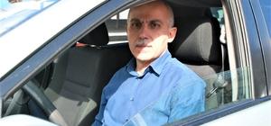 İnsanlık yapmak istedi, suçlu ilan edildi Öğretim üyesinin yardımcı olmak için öğrencilerini yoldan aracına alması şikayet konusu olması, yoldan yolcu alınabilir mi tartışmasına neden oldu
