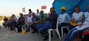Kolçak, Somalı madencileri ziyaret etti
