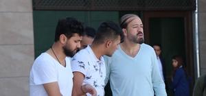 Powerbank içerisine uyuşturucu saklayan şüpheli tutuklandı Tutuklanan şüpheli su şişesini gazetecilere fırtlattı