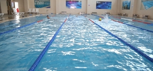 Sonbahar döneminde de yüzme havuzlarına yoğun ilgi