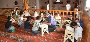 Kuran-ı Kerim Öğrenen öğrencilerden Mehmetçiğe Dua
