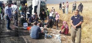 Malezyalı turistleri taşıyan tur otobüsü devrildi: 1 ölü 29 yaralı