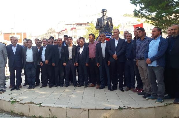 Muhtarlar yalnız bırakıldı Sivas'ın Gürün ilçesinde Muhtarlar günü dolayısı ile düzenlenen törene, ilçe protokolü davetli olmasına rağmen katılmadı