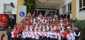 GKV''li miniklerin yüreği Mehmetçik için atıyor Minik GKV'liler Mehmetçik Vakfı için kolları sıvadı