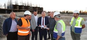 """Başkan Zolan: """"Evi ağır hasar görmüş vatandaşlarımıza 6 aylık kira bedeli verildi"""" Başkan Zolan Bozkurt ilçesindeki TOKİ konutlarını inceledi"""