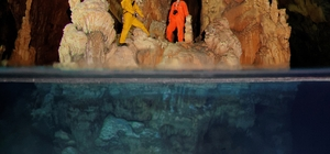 Şahika Ercümen dünya rekoru için Gilindire Mağarası'na dalıyor Dünya dalış rekortmeni Şahika Ercümen, yarın dünya rekoru kırmak için, buzul döneminden kalıntılar taşıyan ve dünyanın en özel yerlerinden biri olan Gilindire Mağarası'na dalacak