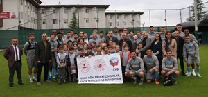 """""""Uzak Köylerde Yaşayan Çocukları"""" Trabzonspor misafir etti"""