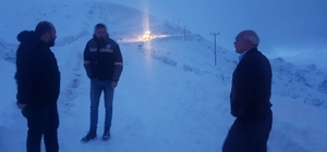Trabzon'un yüksek kesimlerinde kar yağışı sonrası mahsur kalan şahıslar kurtarıldı
