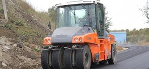 Büyükşehir Belediyesi ekipleri asfalt çalışmalarını sürdürüyor