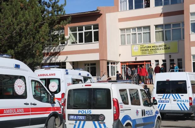 Sivas'ta 5 öğrenci zehirlenme şüphesiyle hastaneye kaldırıldı
