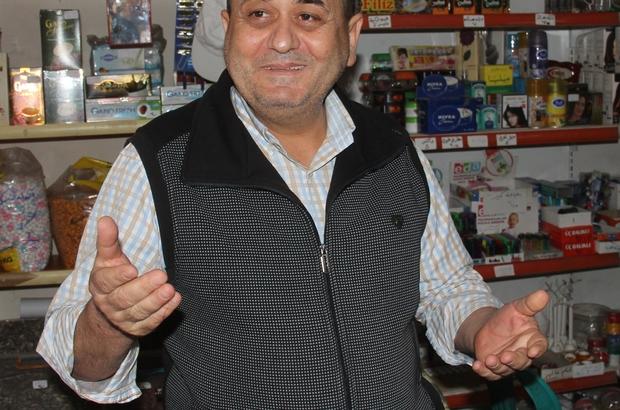 Sahte diploma yapan oğlunu ihbar etti Adana'da bir kişi arkadaşlarıyla birlikte sahte diploma yapan ve okuma-yazması olmayan kişilerin ehliyet almasına sağlayan oğlunu ihbar ederek şebekeyi ortaya çıkardı
