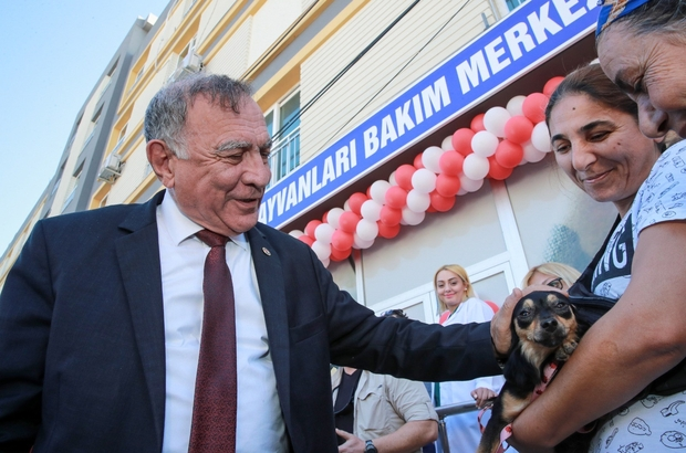 """Kısırlaştırma Merkezi açıldı Seyhan Belediye Başkanı Akif Kemal Akay, Sokak Hayvanları Bakım ve Kısırlaştırma Merkezini hayvanseverlerle birlikte açtı Akay: """"40 bin sokak hayvanının üremesi kontrol altına alınacak"""""""