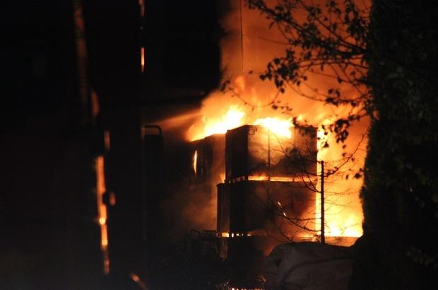 Geri dönüşüm fabrikasında korkutan yangın Fabrika bahçesinde çıkan yangın, binalara sıçramadan son anda kontrol altına alınabildi