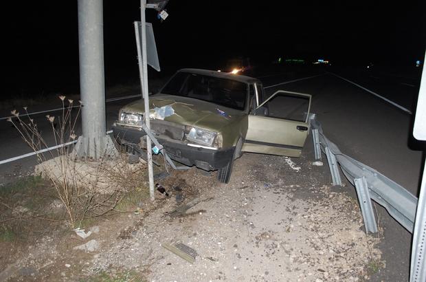 Alkollü sürücü kaza yaptı