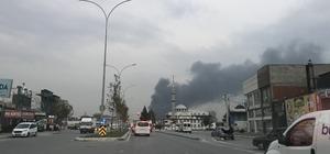 Sakarya'da geri dönüşüm fabrikasında yangın Geri dönüşüm fabrikası alev alev yanıyor