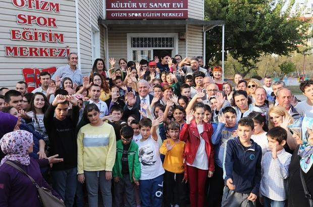 Efeler Belediyesi otizmli çocuklara sahip çıkıyor