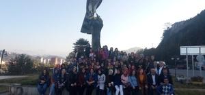 Bitlis'ten Rize'ye Kardeşlik Kervanı Kardeşlik Kervanı projesi kapsamında Bitlisli öğrenciler Rize'de misafir edildi