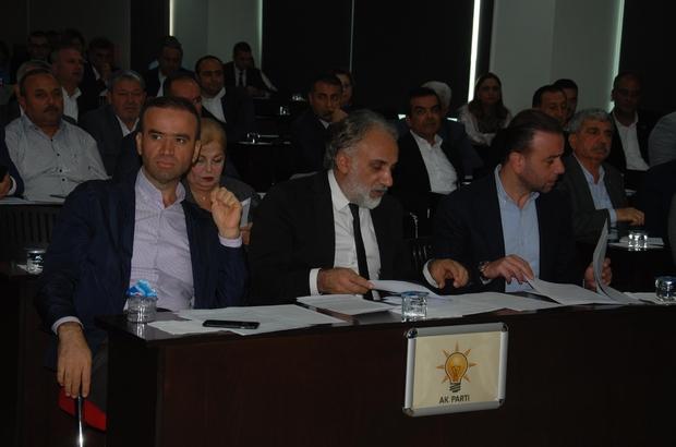 """Mecliste """"sıkma"""" polemiği Karalar'a ASKİ Genel Kurulunun bir önceki tutanağını oylatmayı unuttuğunu hatırlatan AK Parti Grup Sözcüsü Vedat Gündoğan'a CHP'li Askeri Dağlı, """"Bugün çok sıkmayın"""" dedi Başkan Zeydan Karalar: """"İşleri güçleri sıkmak. Büyükşehir Belediyesinin çalışma vaktinde ne gerekiyorsa yapıyorlar"""""""