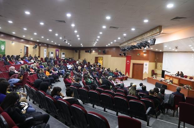 Kadına yönelik şiddete karşı panel ve tiyatro gösterisi
