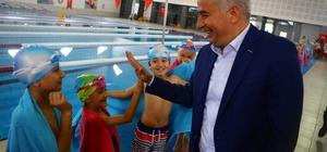 Denizli'de 2019 yılında yaklaşık 50 bin kişi yüzme öğrendi