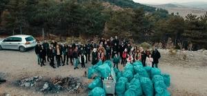 Konya'da aileler çocuklarıyla 1 ton çöp topladı