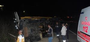 Hafriyat kamyonu su kanalına devrildi: 1 ağır yaralı
