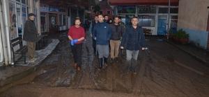 Giresun'da etkili yağış Giresun'un Görele ilçesine bağlı Çavuşlu beldesinde dün gece etkili olan şiddetli yağış su baskınlarına ve taşkınlara neden oldu