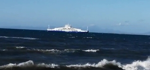 Bozcaada açıklarında fırtına gemilere rota değiştirtti