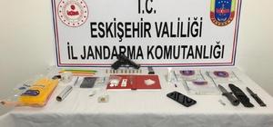 Jandarmanın 'Dur' ihtarına uymayan şüpheli araçtan uyuşturucu çıktı