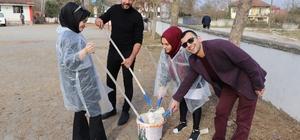 AK Gençler okulun duvarlarını boyadı