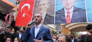 """AK Parti'li Kandemir: """"Türkiye, bazı ülkelerin terör devleti hayallerini yıktı"""" AK Parti Genel Başkan Yardımcısı ve Teşkilat Başkanı Erkan Kandemir, Mersin'in Erdemli ilçesinde partililere ve vatandaşlara hitap etti"""