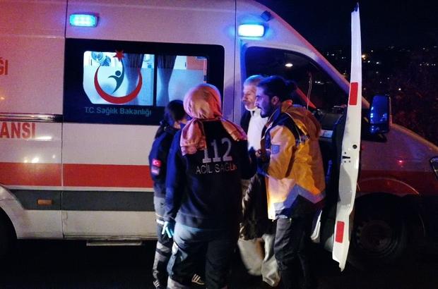Hafif ticari araçla otomobil kafa kafaya çarpıştı: 4 yaralı Kazada yaralanmadan kurtulan aracın sürücüsü alkollü çıktı