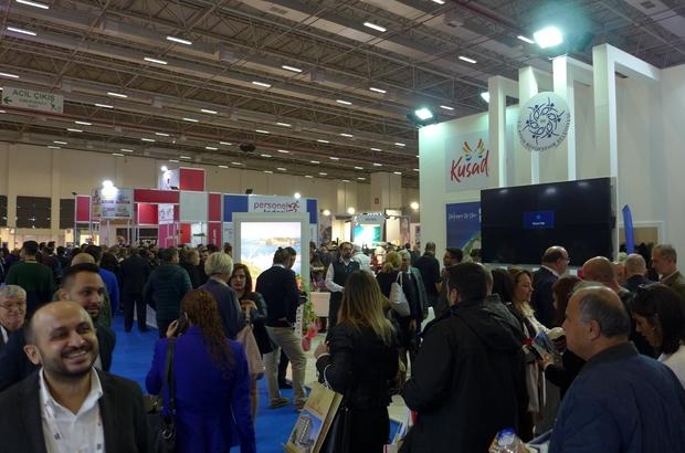 Kuto kapılarını 13. kez ziyaretçilerine açan Travel Turkey İzmir fuarı açılışına katıldı