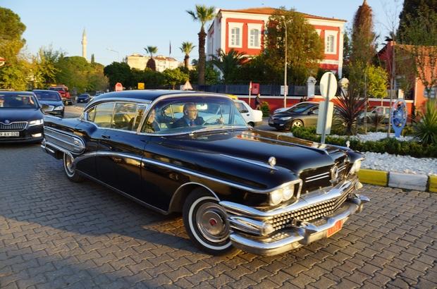 Menderes'in makam aracı 59 yıl sonra Aydın sokaklarında Aracın kazandırılmasında payı olan Vali Köşger, direksiyonuna oturduğu otomobille şehir turu yaptı