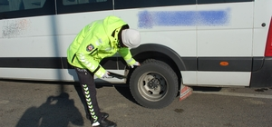 Tekirdağ'da polisten kış lastiği denetimi