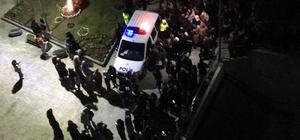 Kız yurdunda ilginç olay 'Kedi Kız' iddiası kız yurdunu ayağa kaldırdı Öğrencilerin yurttan çıkarak eylem yaptığı sırada fenalaşan 1 kişi hastaneye kaldırıldı
