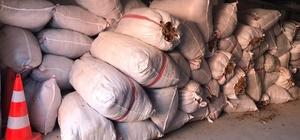 Sivas'ta 3 ton 180 kg kaçak tütün ile yakalanan şahsa 130 bin TL ceza