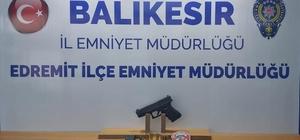 Balıkesir'de polisi 6 silah ele geçirdi