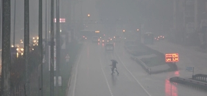 Hatay yoğun sis altında Görüş mesafesi yer yer 30 metreye kadar düştü