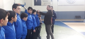 Ana ligde filenin dadaşları turladı Antrenör Mehmet Kırık yönetiminde Erzurum'u Ana Ligde temsil eden Aşkaleli yıldız voleybolcular Rize'de  Grup Şampiyonu oldu