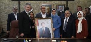 Başkan Büyükkılıç, ilçe belediye başkanlarıyla birlikte İncesu Belediye Başkanı İlmek'i ziyaret etti