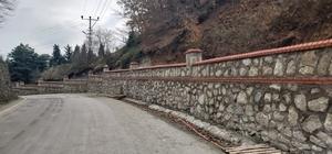Kartepe ve Karamürsel'de mezarlıkların görünümü değişiyor