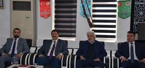 """AK Parti'li Hızlı:""""Kongre sürecimiz başlıyor, bu süreç bir yenilenme sürecidir"""" AK Parti İl Başkanı Hızlı'dan Gördes, Demirci ve Köprübaşı çıkarması"""