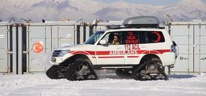 112 sağlık komandoları kışa hazır Erzurum'da kapanan köy yolları hastalara ulaşmaya engel değil 112 acil ekibi kışa hazır vaziyette: 71 acil müdahale, 5 kar üstü paletli ve 2 snowtrack kar paletli ambulansı 24 saat görevde