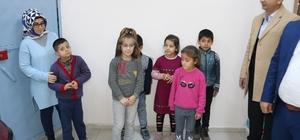 Bismil'de 300 öğrenciye kışlık giysi yardımı