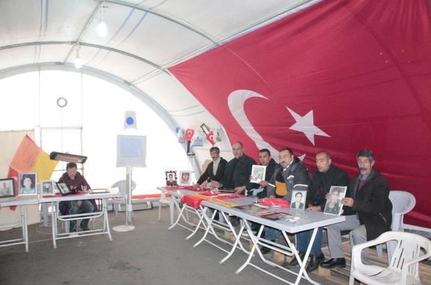 HDP önündeki ailelerin evlat nöbeti 113. gününde