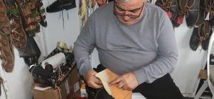 5 kuşaktır aile mesleğini sürdüren 'Çarıkların Efendisi' Marmaris'te