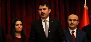 """Bakan Kurum Adana'da yağışların tahribatını açıkladı, konut müjdesi verdi Çevre ve Şehircilik Bakanı Murat Kurum, Adana'da selden en çok etkilenen 4 mahallede 2 bin toplu konut yapılacağının müjdesini verdi, yaraların en kısa zamanda sarılacağını belirtti Bakan Kurum: """"1 yıkık, 2 ağır hasarlı, 9 hafif hasarlı bina var"""" """"123 bin 151 dekar tarım arazisi zarar gördü"""""""