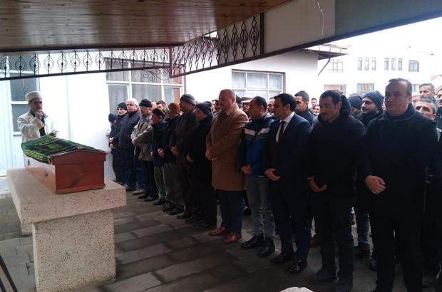 Kazada ölen Muhtar Tansever, gözyaşları ile defin edildi